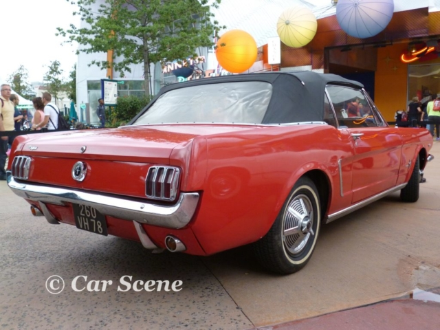 1968 Ford Mustang Cabriolet rear three quarters view
