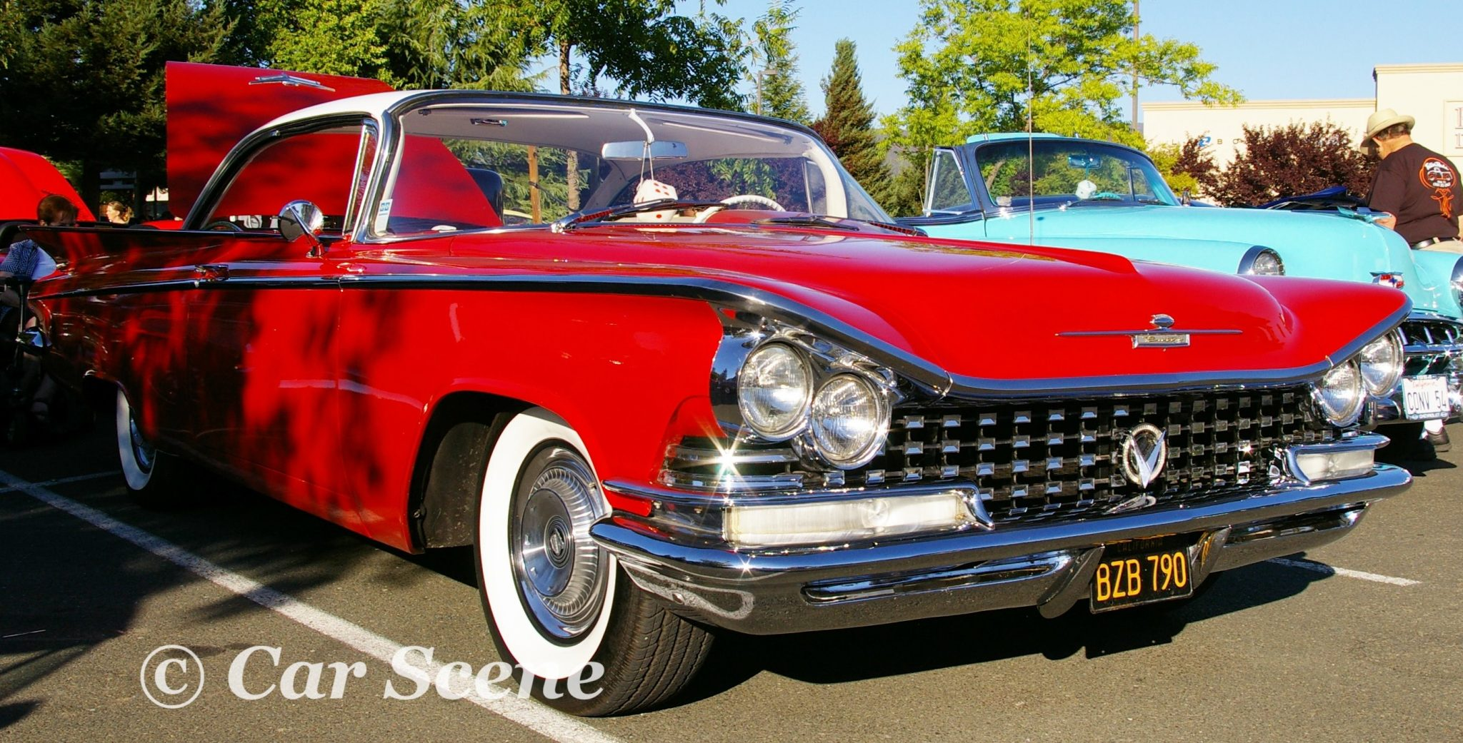 1959 Buick Invicta Hardtop front three quarters view