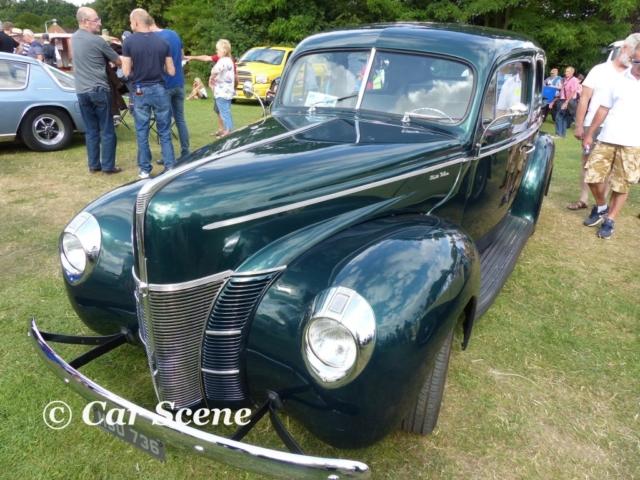 1940 Ford 2 Door De Luxe Customised front view