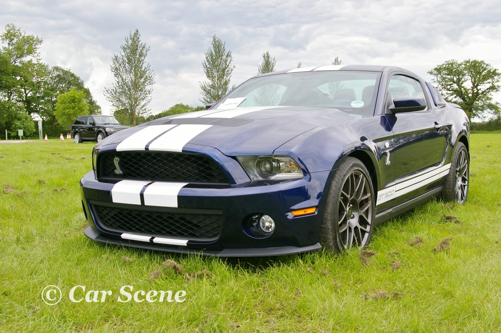 2005 Ford Mustang GT500 front three quarters view
