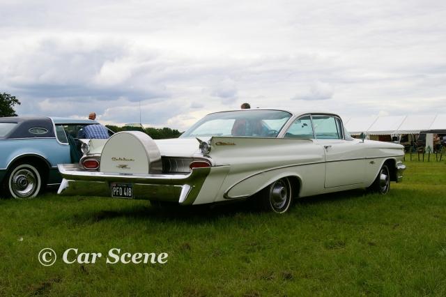1959 Pontiac Catalina Coupe rear three quarters view