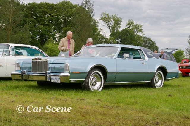1975 Lincoln Continental 2 door hart top front side view