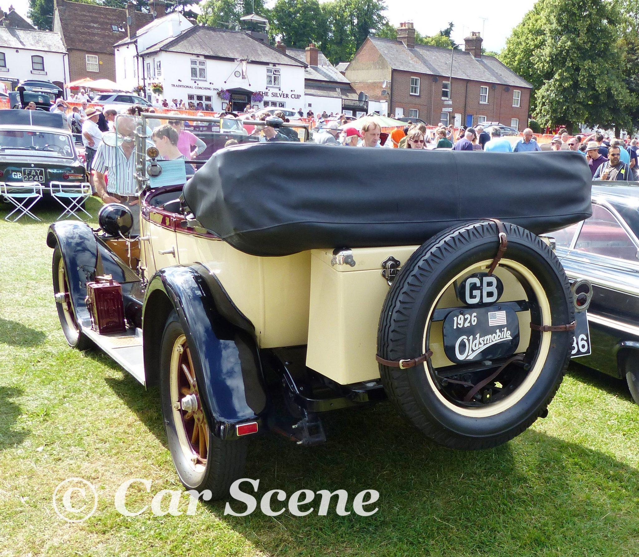 1926 Oldsmobile Model 30D Tourer rear view