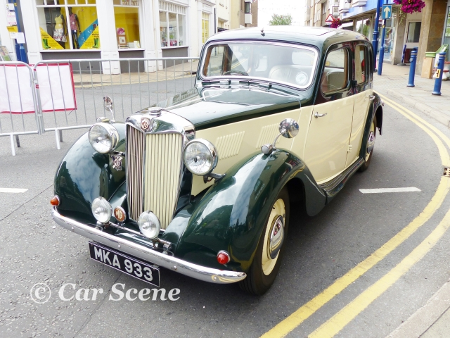 1950 MG 11/4 Ltr. YA Saloon styled by Gerald Palmer front three quarter view