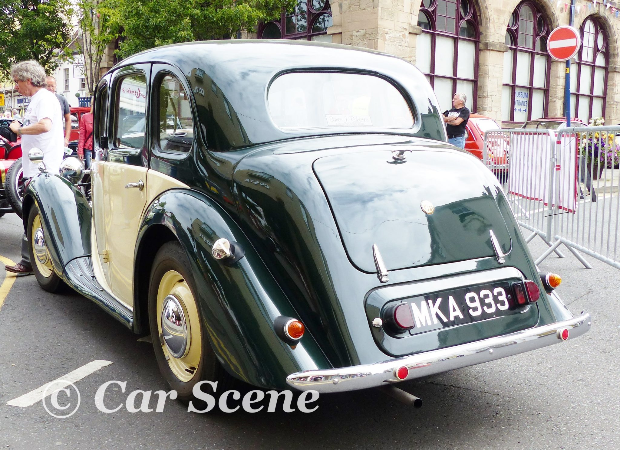 1950 MG 11/4 Ltr. YA Saloon styled by Gerald Palmer rear view