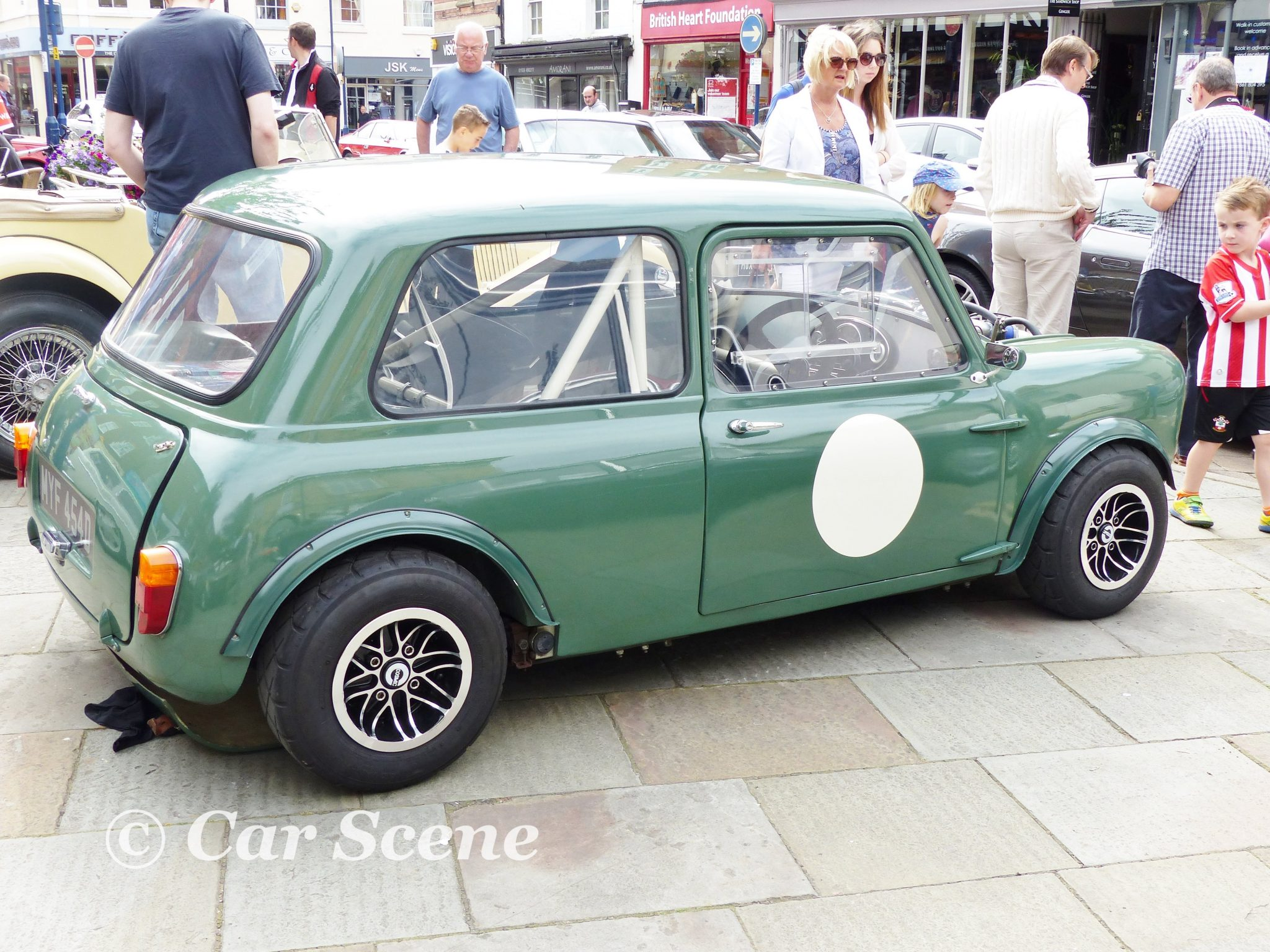 Race Spec. 1960s Mini side view