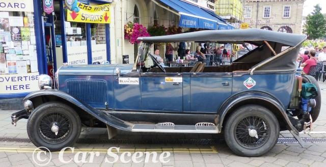1929 Chrysler 75 Cabriolet side view