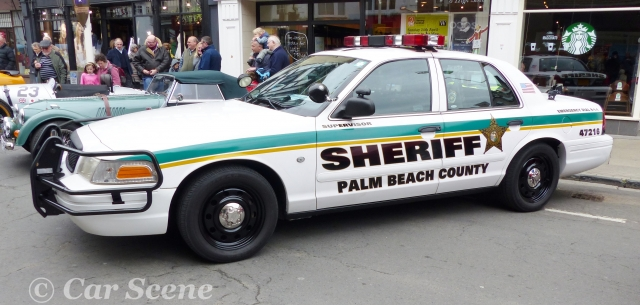 Ford Crown Victoria Police Interceptor side view