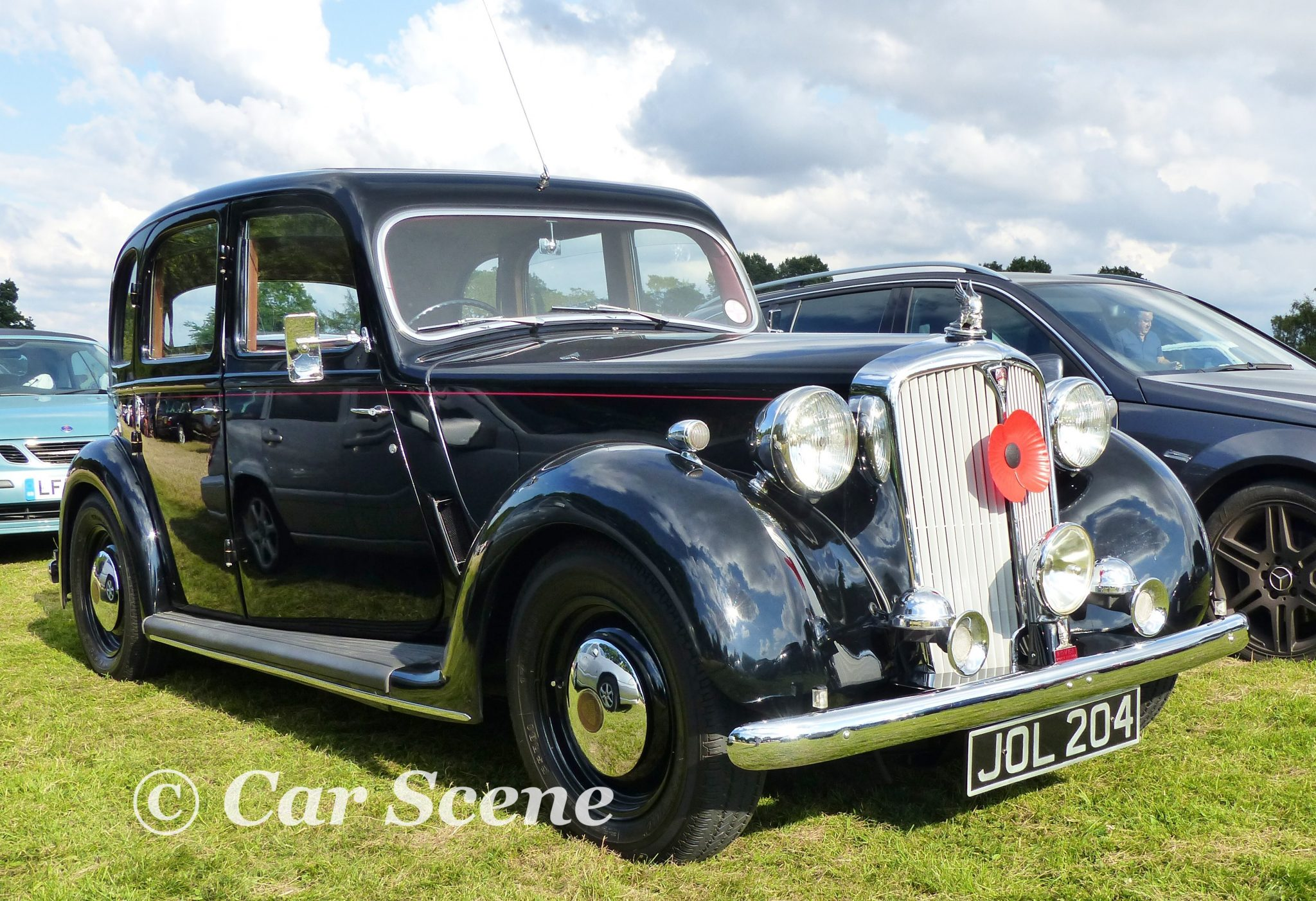 1949 Rover 75 (P3) front three quarters view