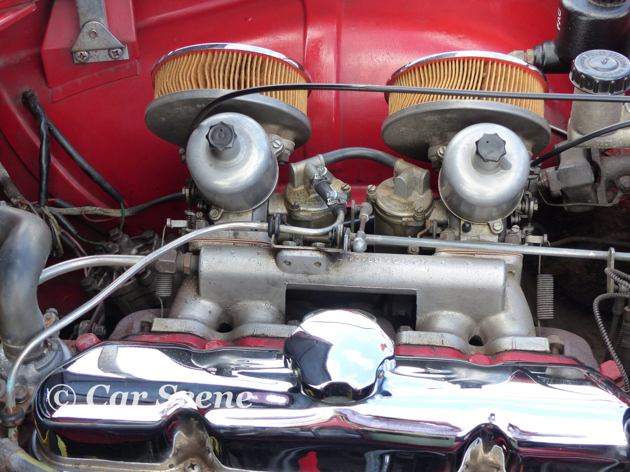 Volvo P1800 Carburretor Arrangement