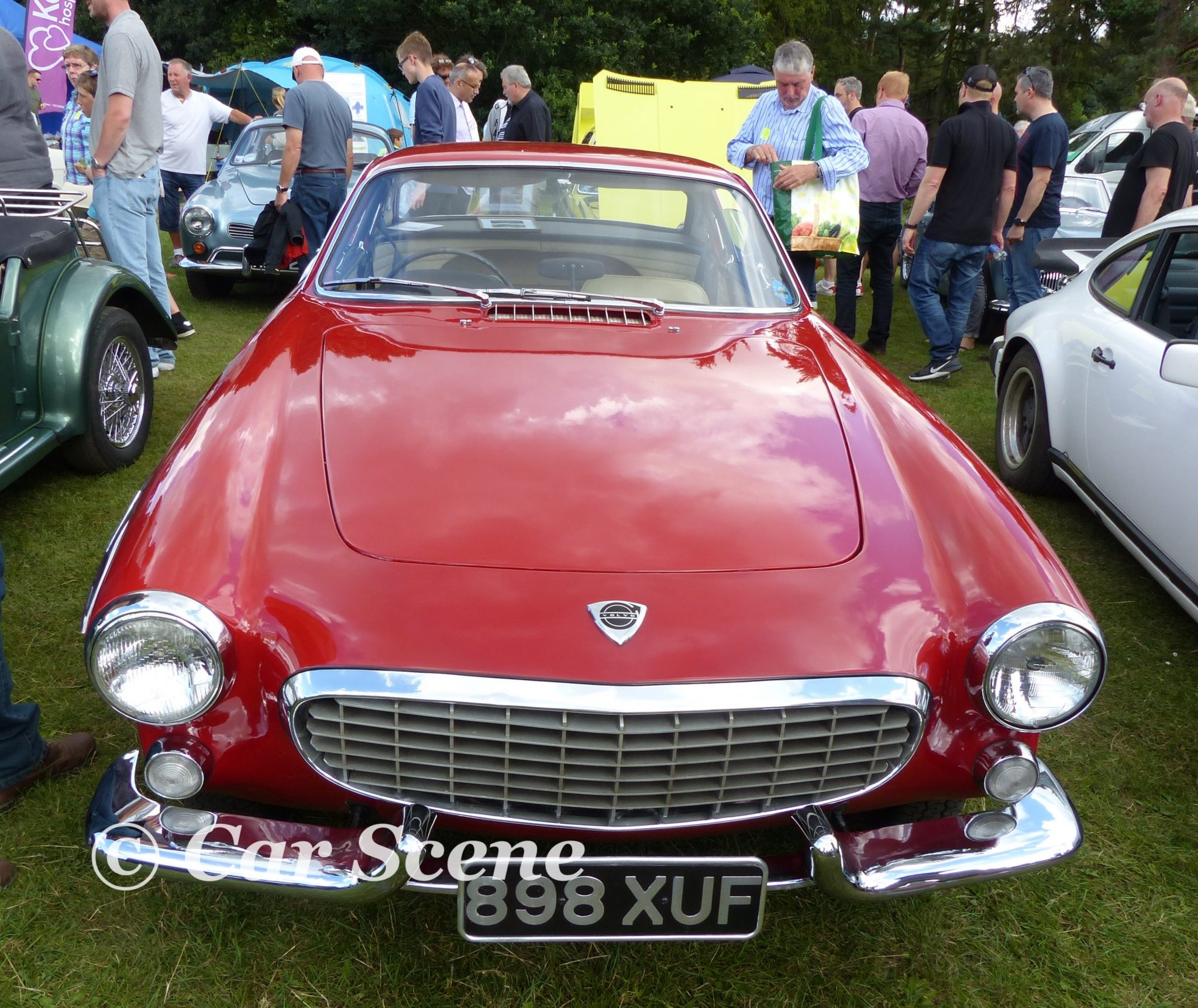 1961 Volvo P1800 front view