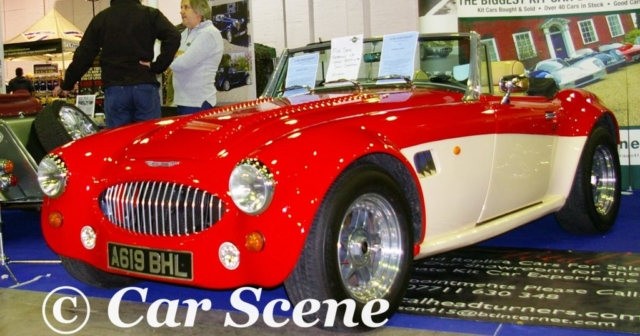 Sebring International SX (Austin Healey 300 replica) front three quarters view