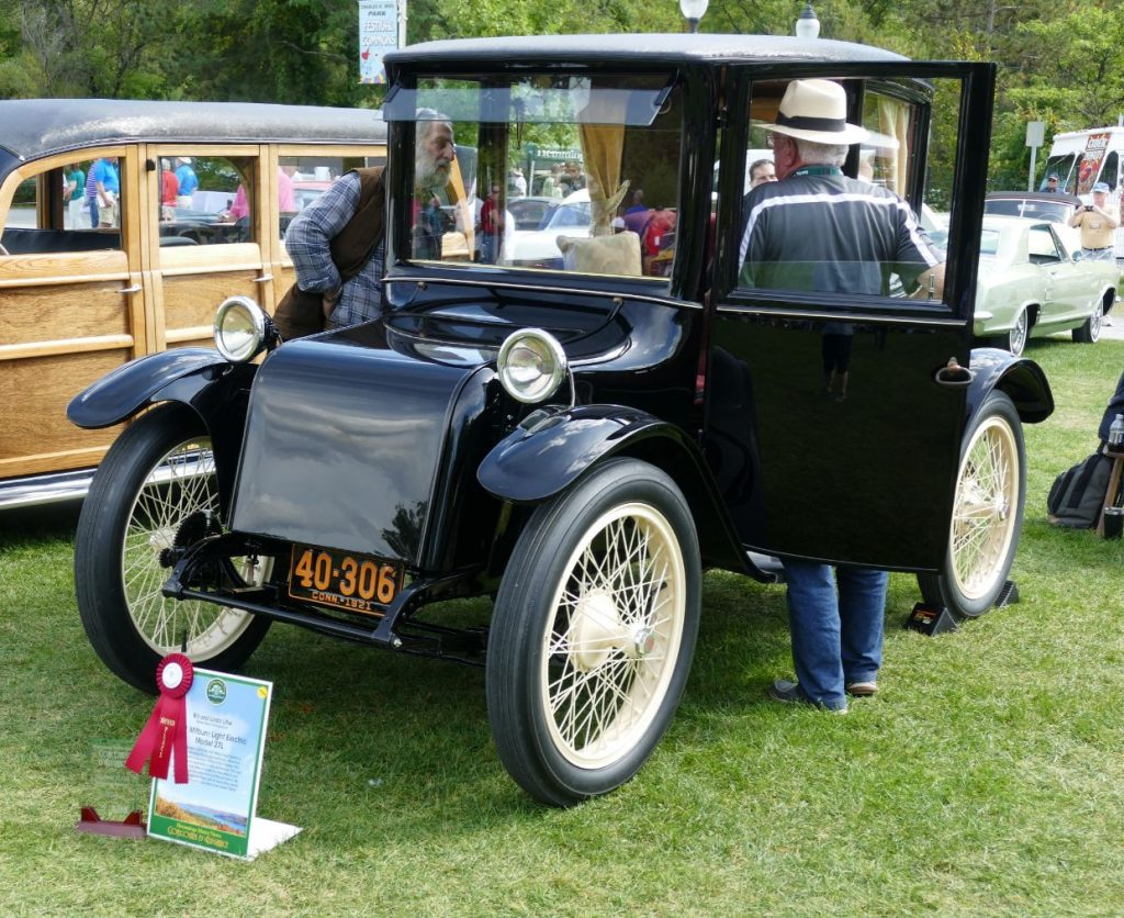 1921 Milburn Light Electric 27L