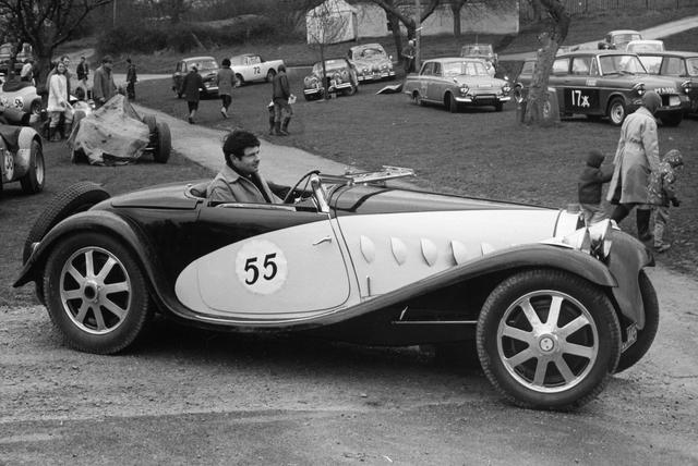 1931 Bugatti Type 55 Roadster by Figoni at Bonhams les Grandes Marques du Monde au Grand Palais 2020