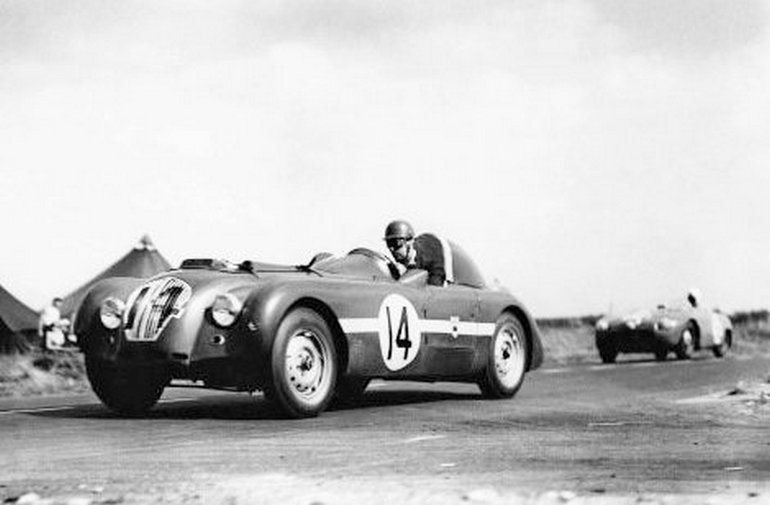 Nash Healey X5 at 1950 Le Mans 24 hours.