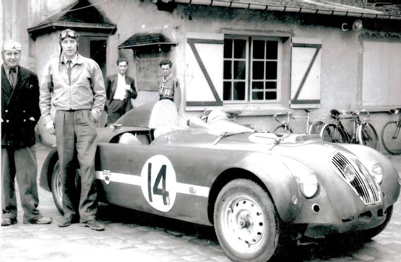 Nash Healey X5 with Hamilton and Rolt