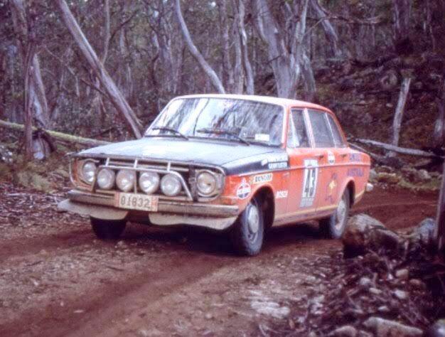 Car 43 Volvo 144 S