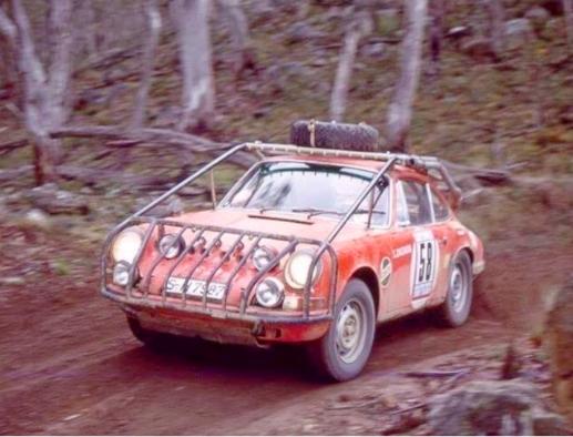 Car 58 Porsche 911 S