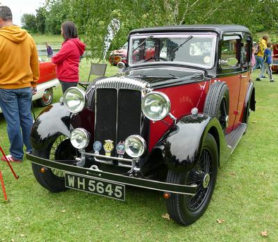 1934 Daimler 15 six light Saloon