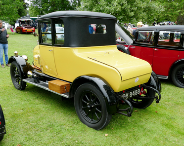 c.1925 Morris Oxford Bull Nose with dickey seat and customised hard top