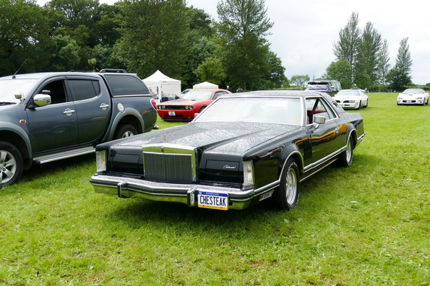 1978/9 Lincoln Continental Mk. V 2door coupe.
