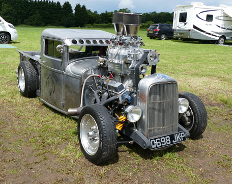 Built from the ground up Brisitsh 'Dragster' with American Supercharged V8 engine