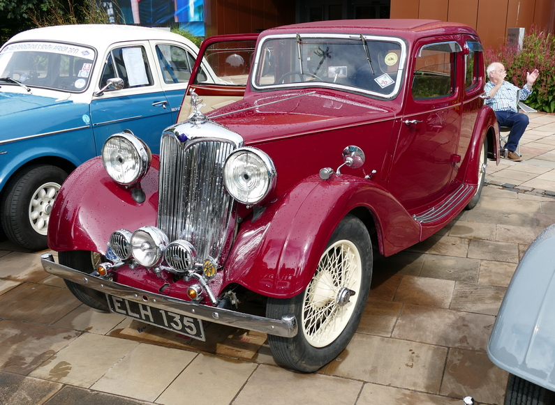 Riley 1.5 Touring Saloon