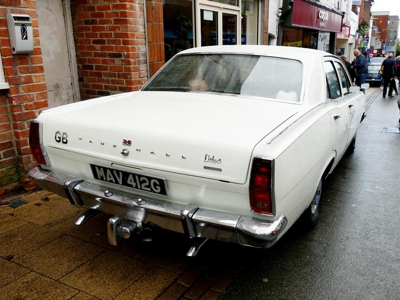c.1970 Vauxhall Cresta PC de luxe