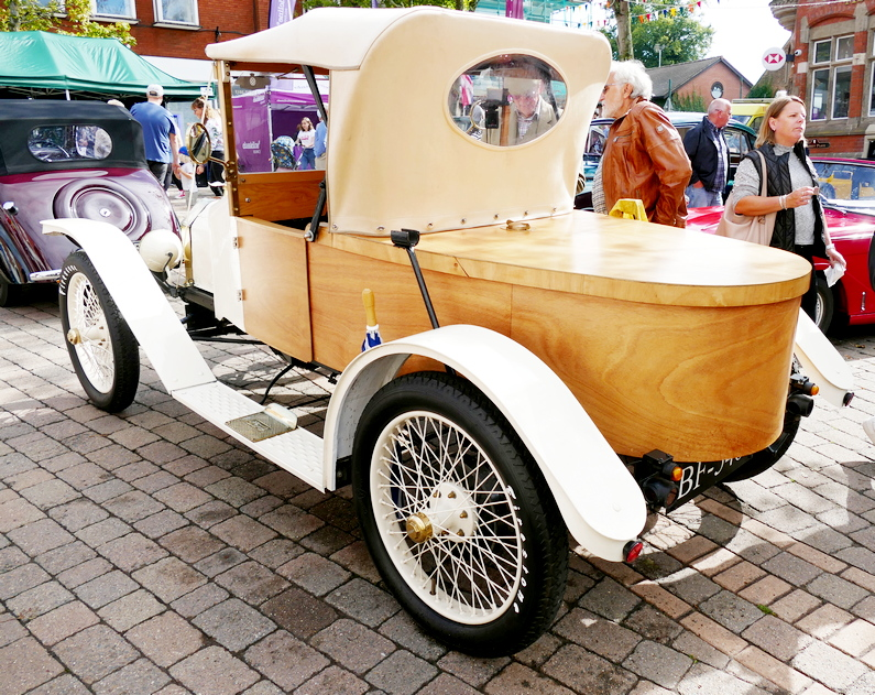 """Ford Model T with special """"boat tail"""" body"""